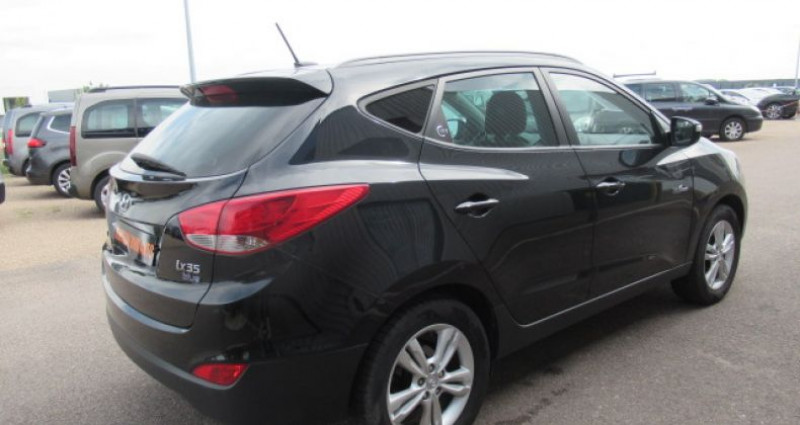 Hyundai IX35 1.7 CRDi 115 Blue Drive Pack Premium Noir occasion à Saint Parres Aux Tertres - photo n°5