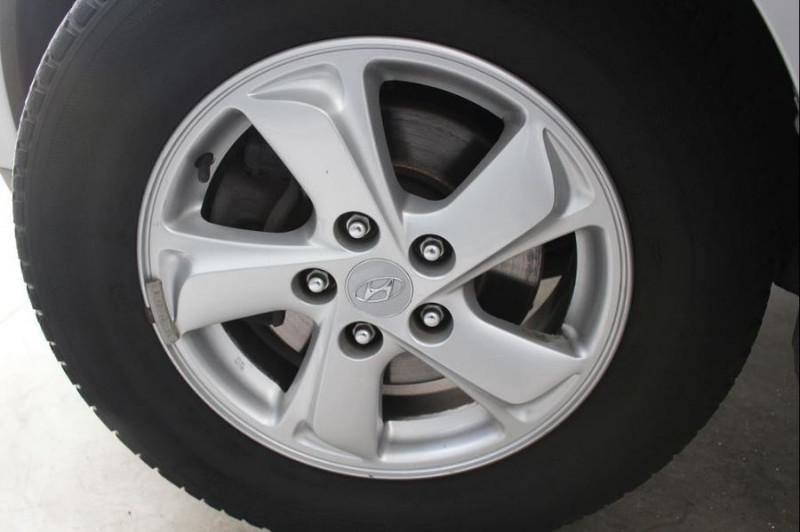 Hyundai IX35 1.7 CRDI PACK CONFORT Gris occasion à Challans - photo n°4