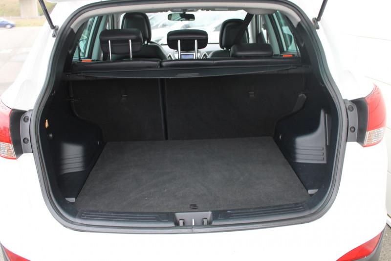 Hyundai IX35 1.7 CRDI PACK EDITION Blanc occasion à Saint-Saturnin - photo n°9