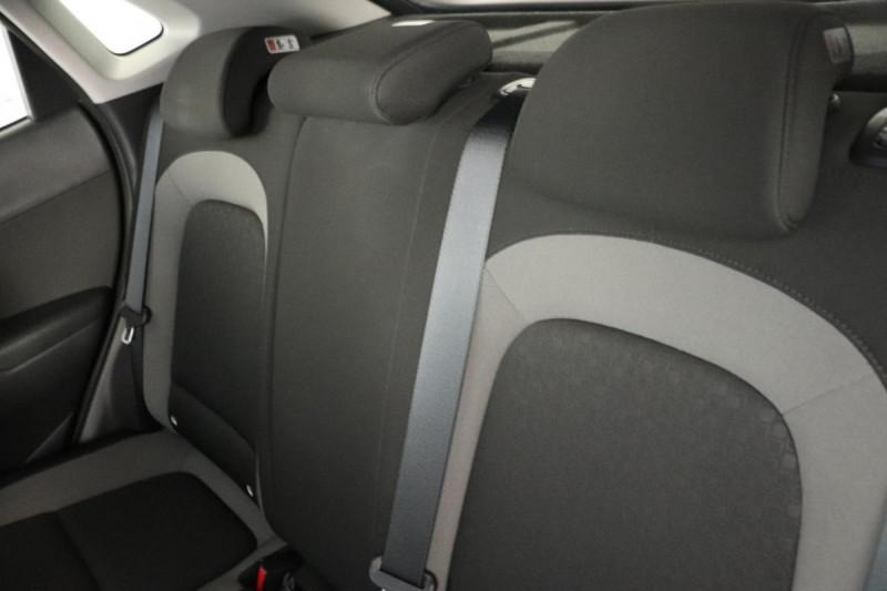 Hyundai Kona 1.0 T-GDi 120 Creative Rouge occasion à Seclin - photo n°6