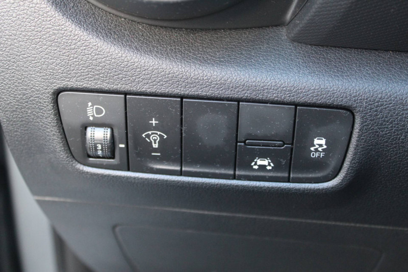 Hyundai Kona Kona 1.6 CRDi 115  5p Gris occasion à Meythet - photo n°10