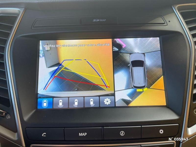 Hyundai Santa Fe 2.2 CRDi 197ch 4WD Creative BVA Beige occasion à Saint-Maximin - photo n°13