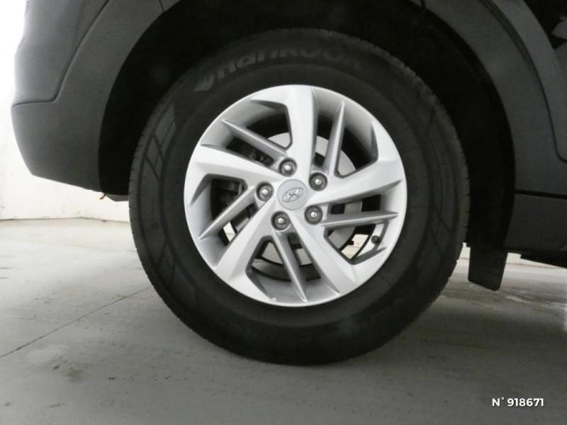Hyundai Tucson 1.6 CRDI 115ch Business Noir occasion à Cesson - photo n°11