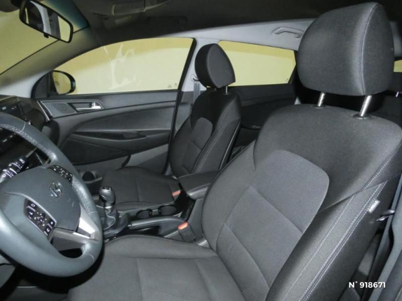 Hyundai Tucson 1.6 CRDI 115ch Business Noir occasion à Cesson - photo n°9