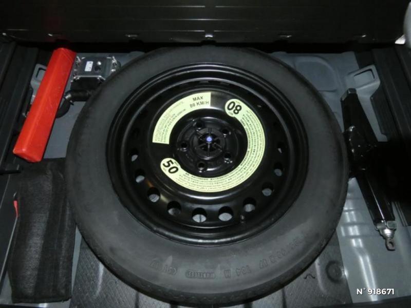Hyundai Tucson 1.6 CRDI 115ch Business Noir occasion à Cesson - photo n°13