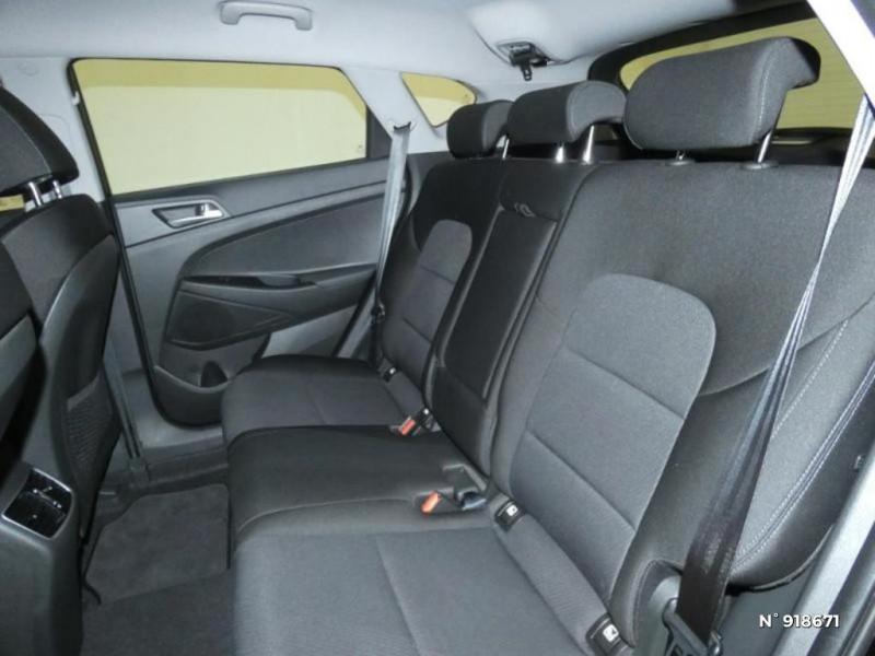 Hyundai Tucson 1.6 CRDI 115ch Business Noir occasion à Cesson - photo n°10
