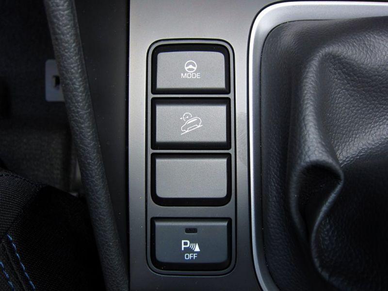 Hyundai Tucson 1.6 GDI 132 TREND 2WD Noir occasion à Quimper - photo n°5
