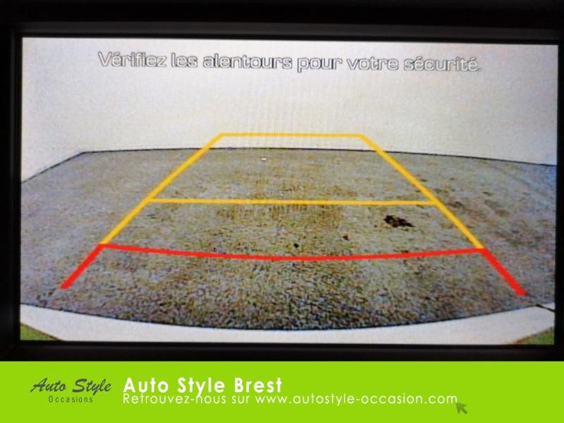 Hyundai Tucson 1.7 CRDI 115ch Business 2WD Blanc occasion à Brest - photo n°14