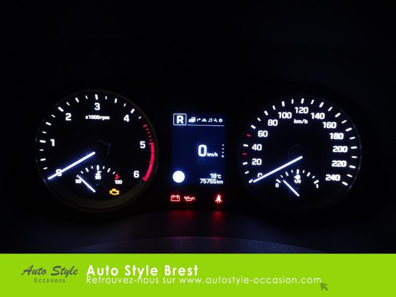 Hyundai Tucson 1.7 CRDI 115ch Business 2WD Blanc occasion à Brest - photo n°9