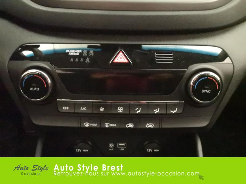 Hyundai Tucson 1.7 CRDI 115ch Business 2WD Blanc occasion à Brest - photo n°11