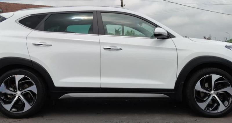 Hyundai Tucson II 1.7 CRDI 141ch Intuitive 2WD DCT-7 Blanc occasion à Diebling - photo n°7
