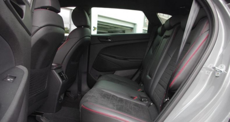 Hyundai Tucson III (2) 1.6 CRDI 115 HYBRID 48V N LINE Gris occasion à Chambourcy - photo n°4