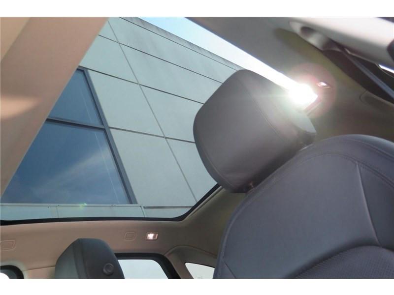 Jaguar E-pace 2.0 D - 150 CH AWD BVA S  occasion à LABEGE CEDEX - photo n°14