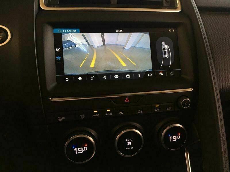 Jaguar E-pace 2.0D 150CH AWD BVA9 Gris occasion à Villenave-d'Ornon - photo n°9
