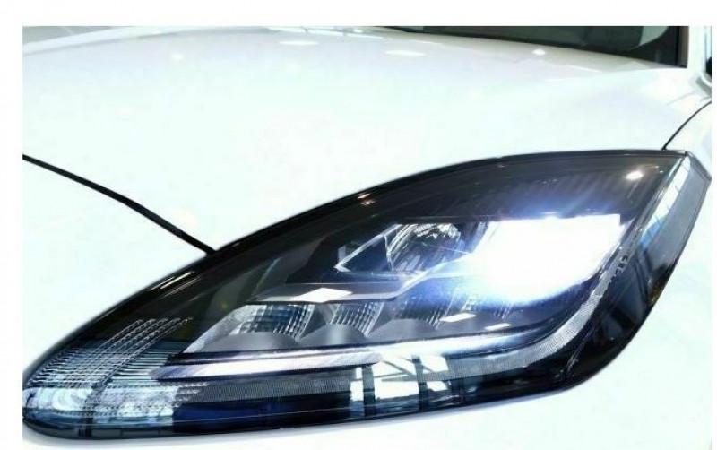 Jaguar E-pace 2.0D 150CH SE AWD BVA9 Blanc occasion à Villenave-d'Ornon - photo n°7