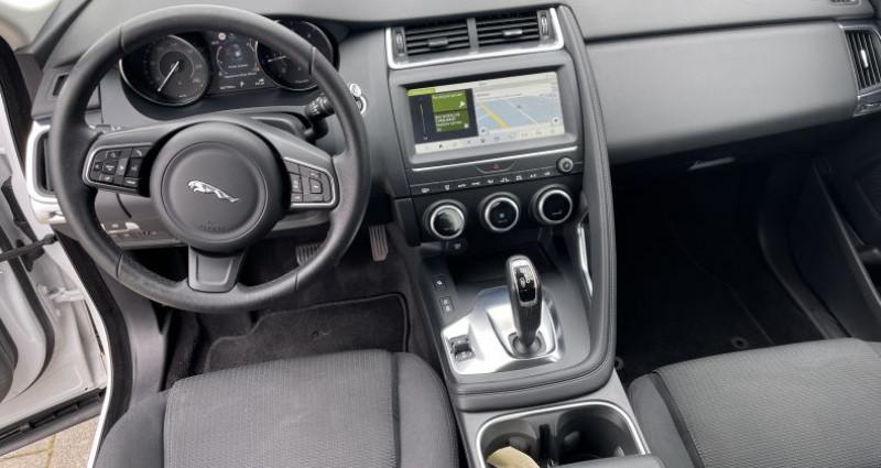 Jaguar E-pace 2.0D 180ch AWD Blanc occasion à SELESTAT - photo n°6