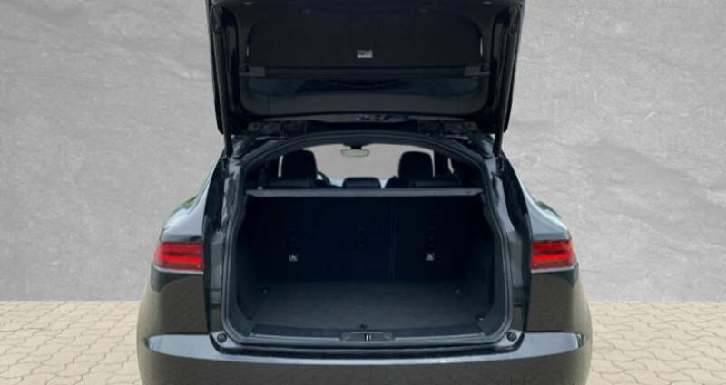 Jaguar E-pace 2.0D 180ch R-Dynamic S AWD 10cv Noir occasion à Boulogne-Billancourt - photo n°6