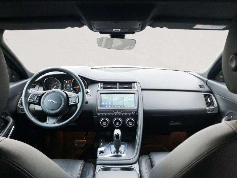 Jaguar E-pace 2.0D 180CH S AWD BVA9 Blanc occasion à Villenave-d'Ornon - photo n°4