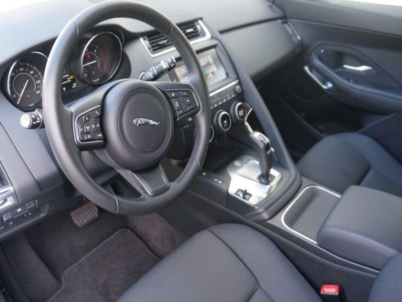 Jaguar E-pace D150 AWD Blanc occasion à Beaupuy - photo n°4