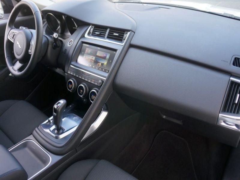 Jaguar E-pace D150 AWD Blanc occasion à Beaupuy - photo n°7
