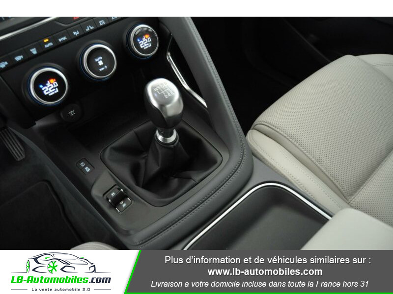 Jaguar E-pace D150 FWD Bleu occasion à Beaupuy - photo n°6