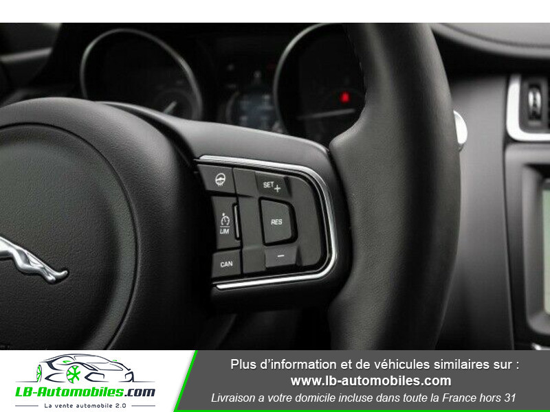 Jaguar E-pace D180 AWD Blanc occasion à Beaupuy - photo n°4