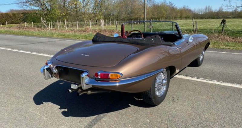 Jaguar E-Type TYPE-E 3.8 Série 1 Cabriolet 1964 Bronze occasion à Saint-saturnin - photo n°7