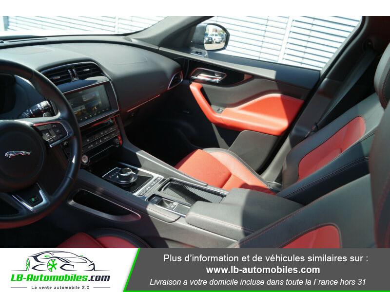 Jaguar F-Pace 2.0 D AWD 180 ch R-Sport Blanc occasion à Beaupuy - photo n°5