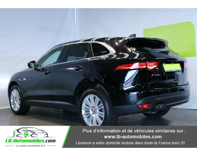 Jaguar F-Pace 2.0 D AWD 180 ch Noir occasion à Beaupuy - photo n°3