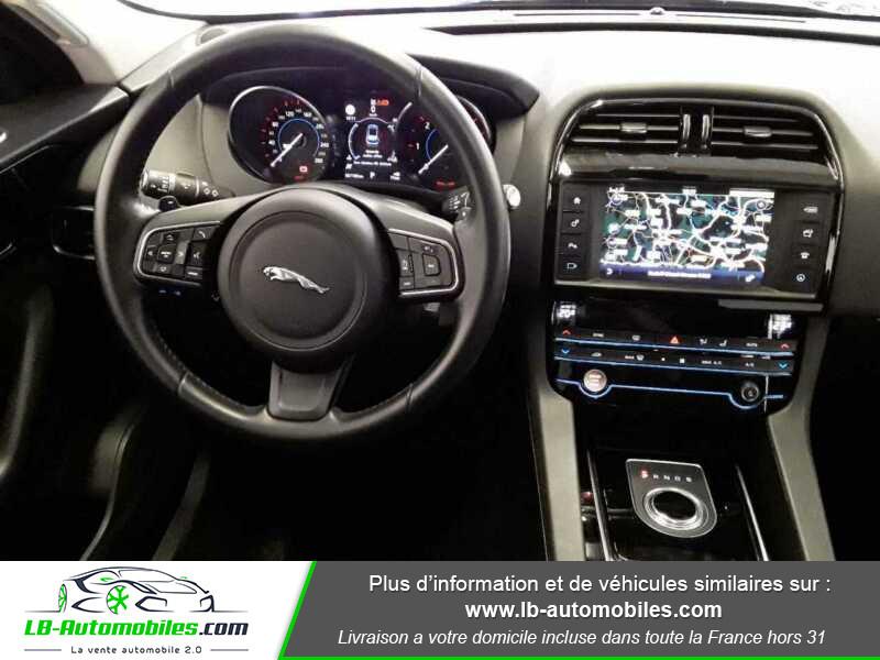 Jaguar F-Pace 2.0 D AWD 180 ch  occasion à Beaupuy - photo n°2