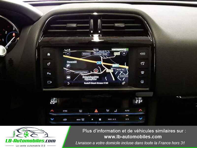 Jaguar F-Pace 2.0 D AWD 180 ch  occasion à Beaupuy - photo n°8