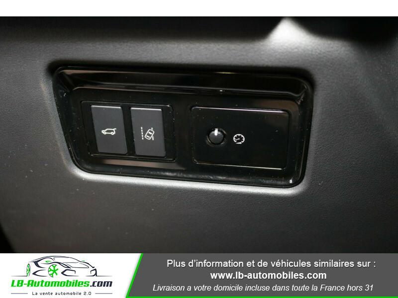 Jaguar F-Pace 2.0 D AWD 180 ch Noir occasion à Beaupuy - photo n°6