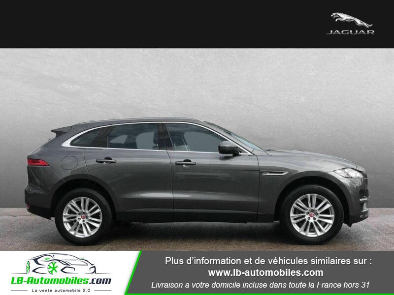 Jaguar F-Pace 2.0 D AWD 180 ch Gris occasion à Beaupuy - photo n°6