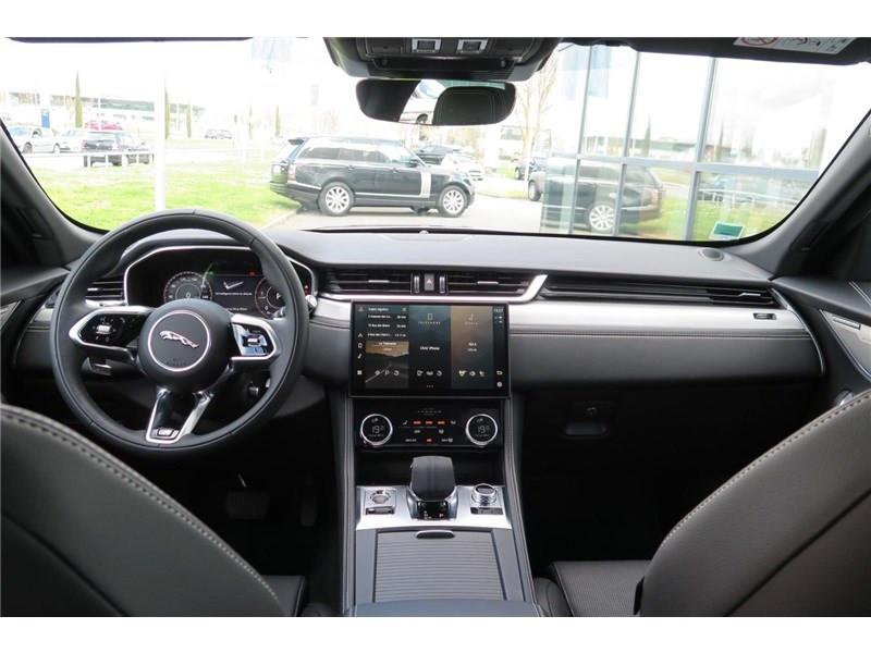 Jaguar F-Pace 2.0 - D200 MHEV AWD BVA8 R-Dynamic SE Gris occasion à LABEGE CEDEX - photo n°7