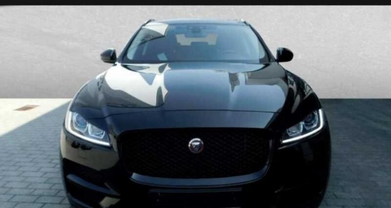 Jaguar F-Pace 2.0D 180ch Prestige 4x4 BVA8  occasion à Boulogne-Billancourt - photo n°2