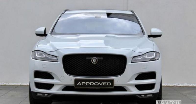 Jaguar F-Pace 20d 180 Portfolio AWD Auto. Blanc occasion à Petange - photo n°7