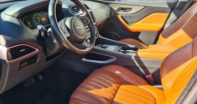 Jaguar F-Pace V6 3.0D 300ch Portfolio 4x4 BVA8 Noir occasion à AUBIERE - photo n°5