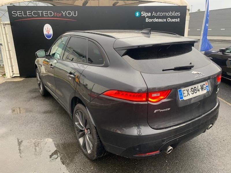 Jaguar F-Pace V6 3.0D 300ch S 4x4 BVA8 Gris occasion à Mérignac - photo n°3