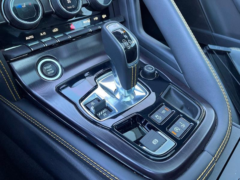 Jaguar F-Type 3.0 V6 Suralimenté 400ch Sport AWD BVA8 Noir occasion à Barberey-Saint-Sulpice - photo n°12