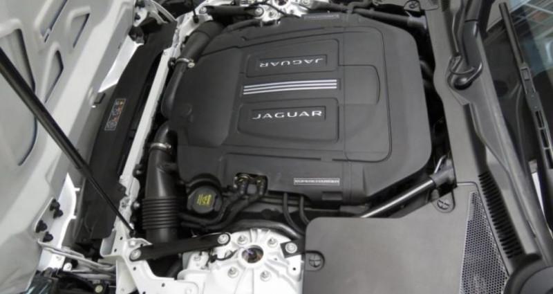 Jaguar F-Type Coupé (2) 3.0 V6 380 ch - BVA Quickshift  occasion à Tours - photo n°4