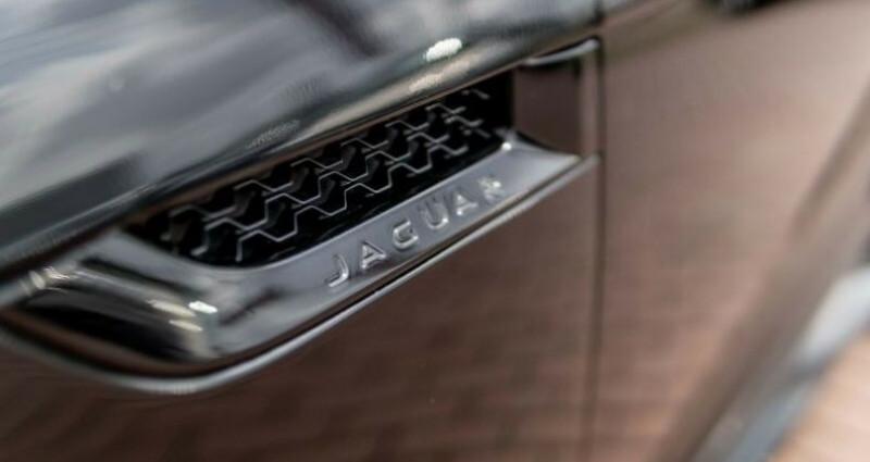 Jaguar F-Type Coupe 5.0 V8 550ch R AWD BVA8 Noir occasion à Boulogne-Billancourt - photo n°6