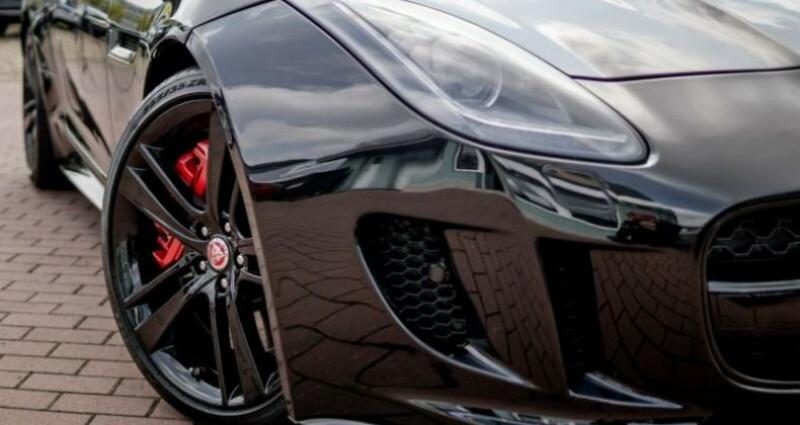 Jaguar F-Type Coupe 5.0 V8 550ch R AWD BVA8 Noir occasion à Boulogne-Billancourt - photo n°4