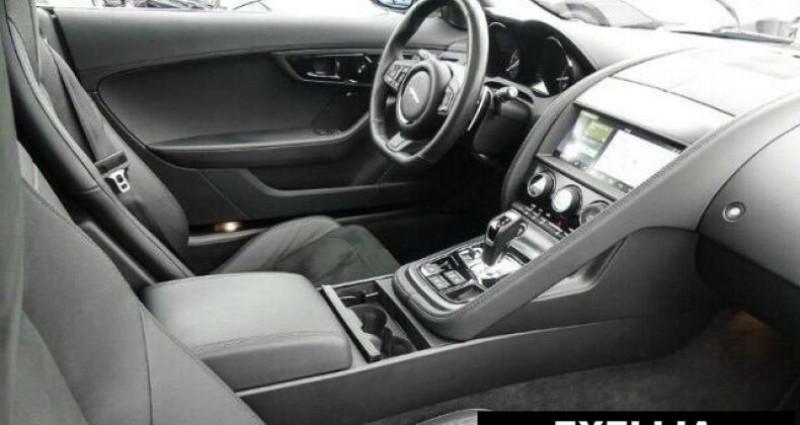 Jaguar F-Type COUPE R-DYNAMIC 3.0 V6 Blanc occasion à Montévrain - photo n°4