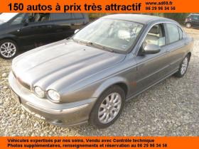 Jaguar X-Type Gris, garage VOITURE PAS CHERE RHONE ALPES à Saint-Bonnet-de-Mure