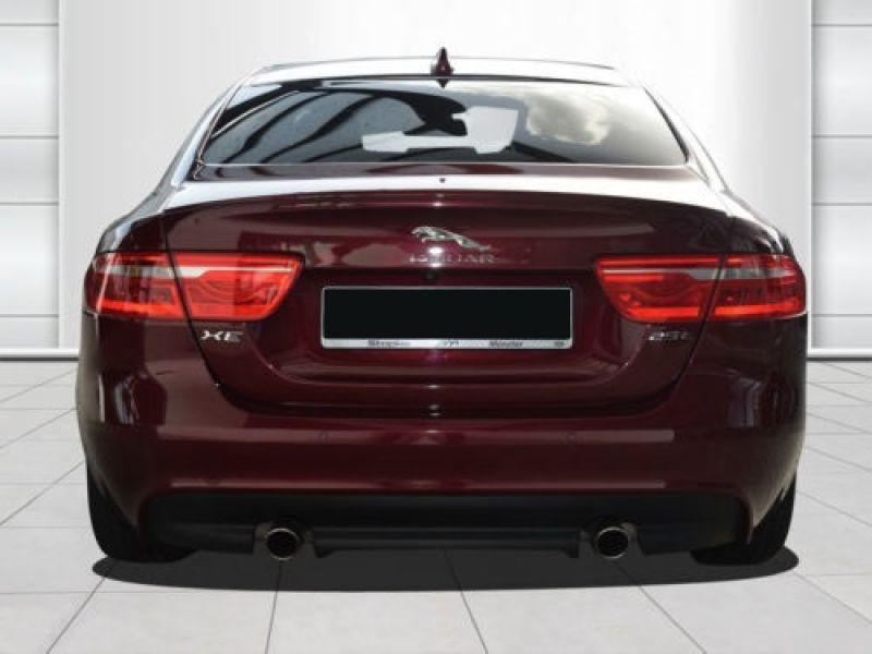 Jaguar XE 2.0 240 R-Sport Rouge occasion à Beaupuy - photo n°7