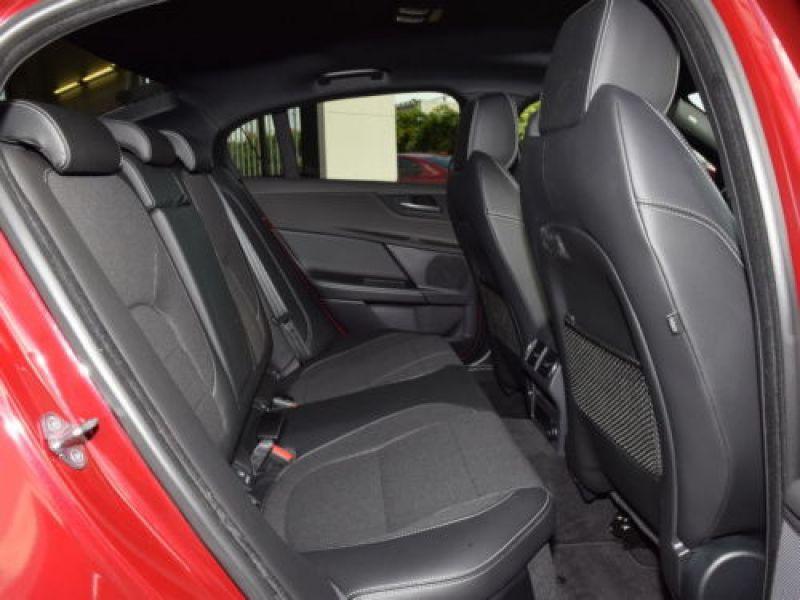 Jaguar XE 2.0 240 R-Sport Rouge occasion à Beaupuy - photo n°5