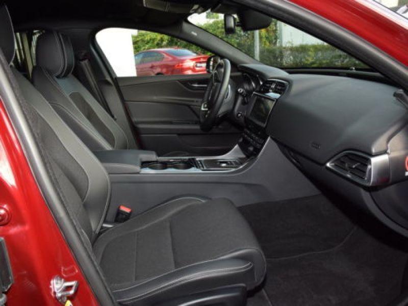 Jaguar XE 2.0 240 R-Sport Rouge occasion à Beaupuy - photo n°4