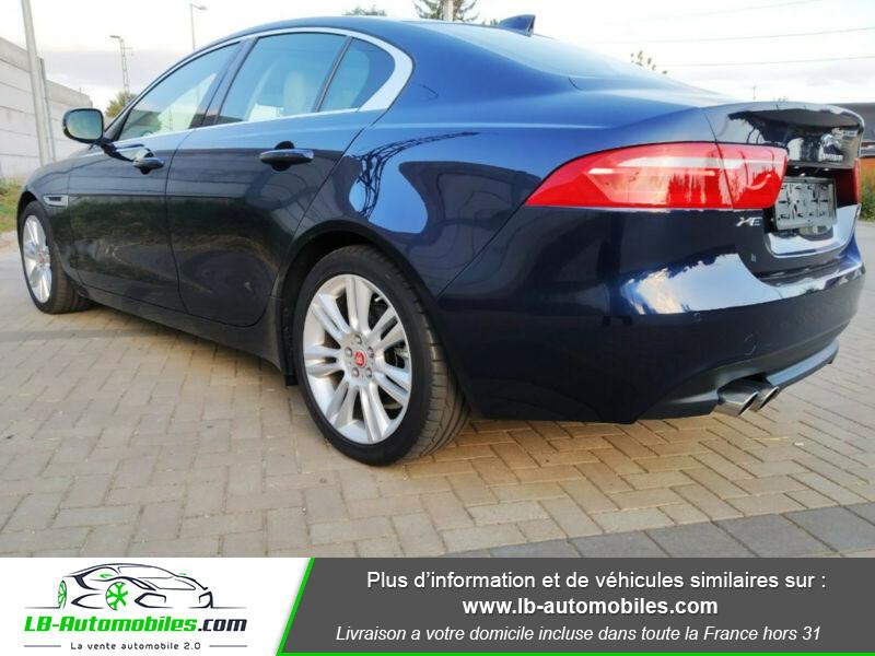 Jaguar XE 2.0 D 180 ch Bleu occasion à Beaupuy - photo n°3