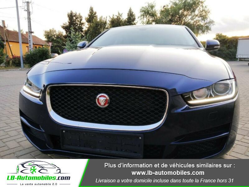 Jaguar XE 2.0 D 180 ch Bleu occasion à Beaupuy - photo n°10