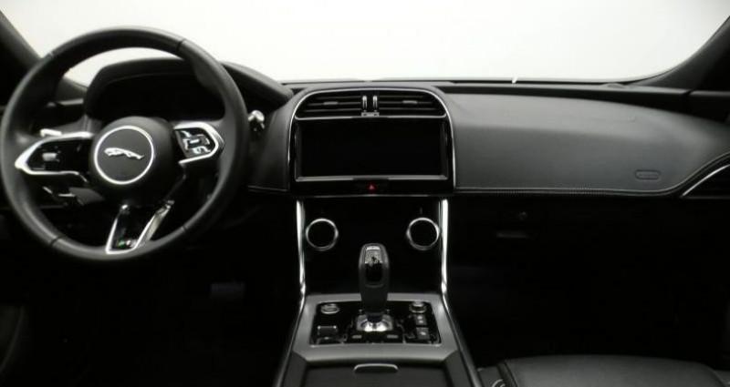 Jaguar XE D180 R-Dynamic S Auto. Bleu occasion à Petange - photo n°7